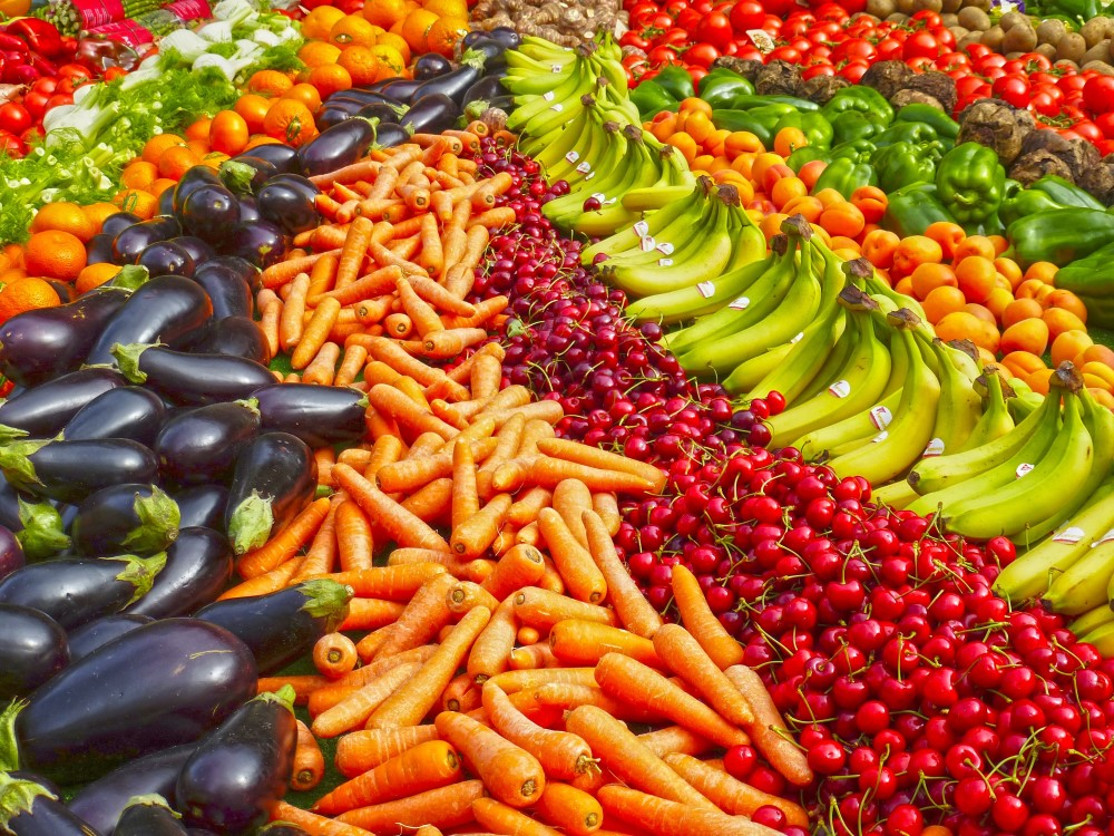 12 Dirtiest (Plus Cleanest) Vegetables & Fruits